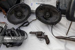 عکس/ سلاحهای کشف شده از سارقان تهرانی