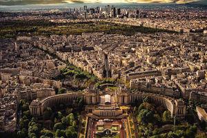 عکس/ نمای پاریس از بالای برج ایفل