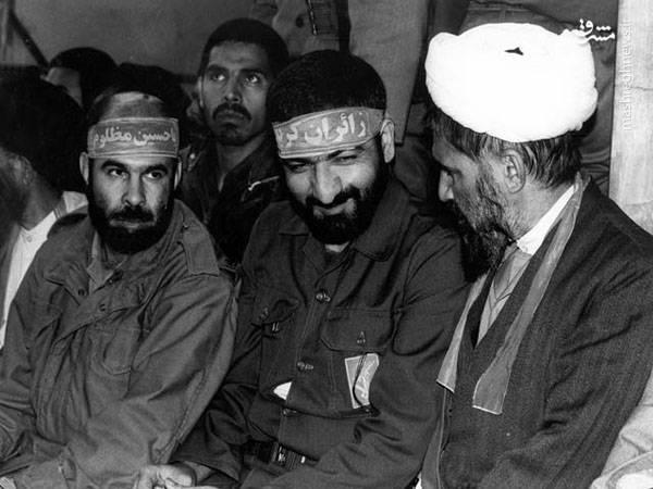 آیت الله حائری شیرازی در جبهه جنگ در کنار محسن رضایی