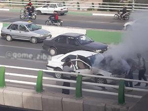 عکس/ آتشسوزی خودروی پژو ۴۰۵