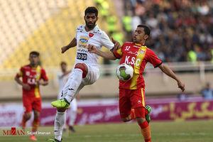دیدار تیمهای پرسپولیس و فولاد خوزستان