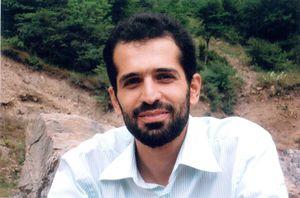 یک خاطره و عکس نادیده از شهید احمدی روشن
