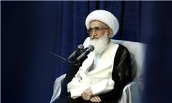 انتقاد آیتالله نوری همدانی به حجاب نامناسب در کشور