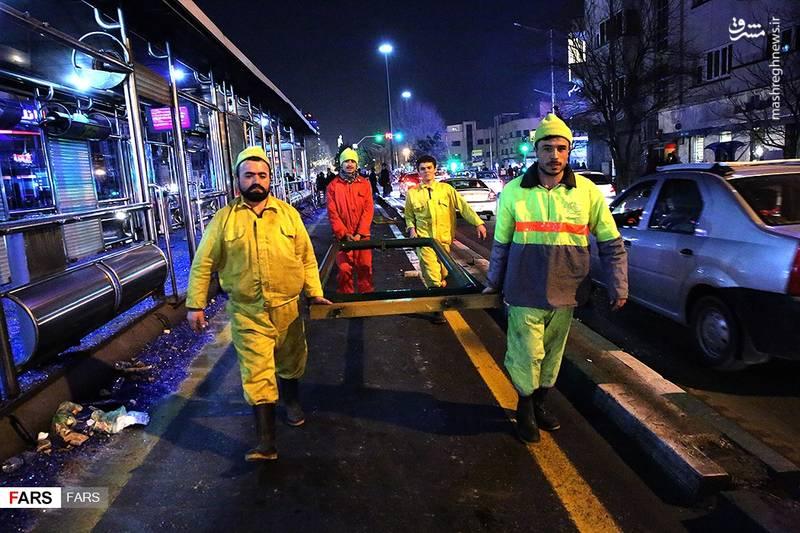 اغتشاشگران اموال بیت المال تهران را تخریب کردند