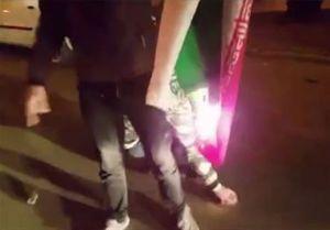 فیلم/ آتش زدن پرچم ایران توسط آشوبگران