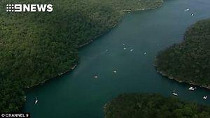 عکس/ سقوط مرگبار یک هواپیما در رودخانه