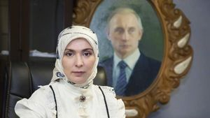 زن مسلمانی که رقیب پوتین شد +عکس