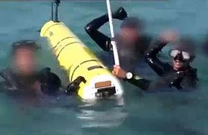 فیلم/ زیردریایی سعودیها در چنگ گارد ساحلی یمنی