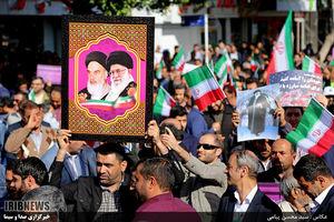 عکس/ خروش مردم بوشهر علیه آشوبگران