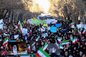 لس آنجلس تایمز: آمریکا قادر به تغییر نظام ایران نیست