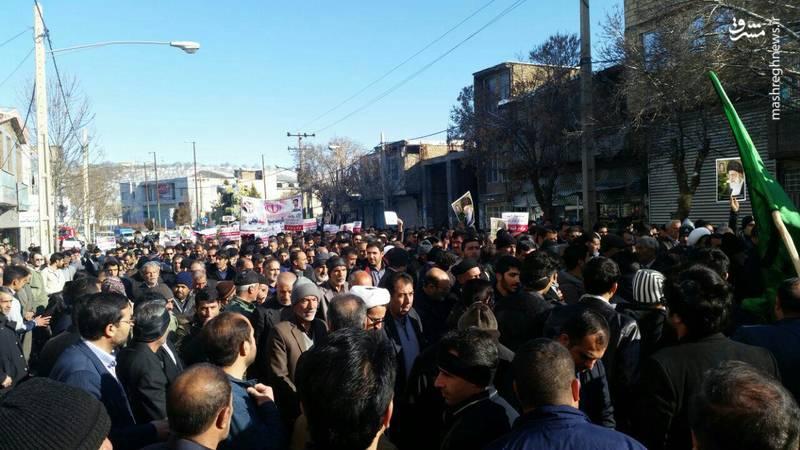 راهپیمایی مردم نورآباد علیه آشوبگران