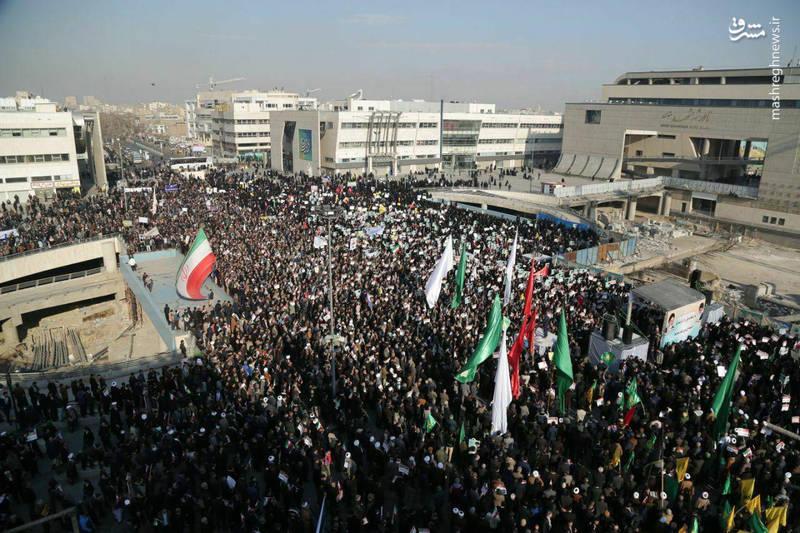 راهپیمایی مردم مشهد علیه آشوب گران