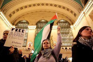 عکس/ تظاهرات مردم آمریکا برای دختر فلسطینی