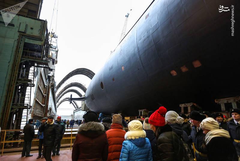 مراسم تحویل یک زیردریایی جدید با موشک بالستیک به نام 'شاهزاده ولادیمیر'