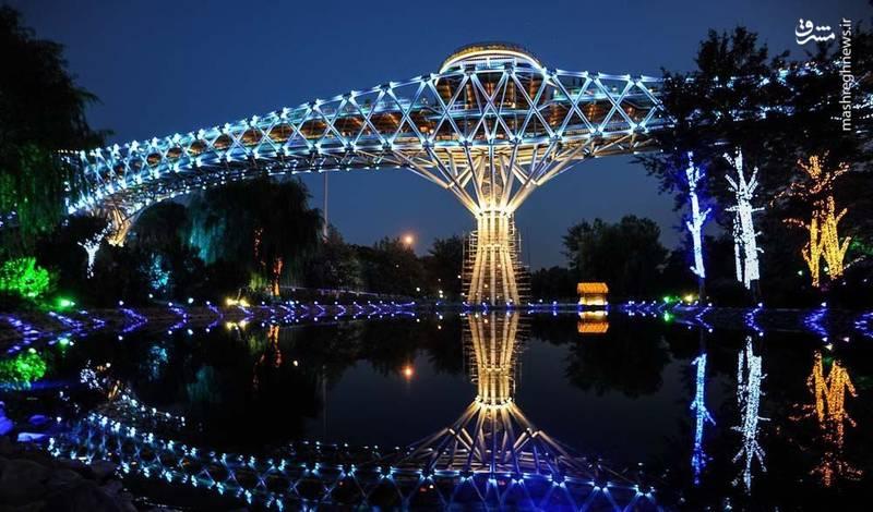 عکس/ نمای زیبایی از پل طبیعت تهران
