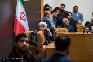 اشک های محمد هاشمی در فراق برادرش