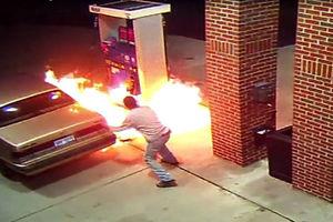 فیلم/ عاقبت استفاده از موبایل در پمپ گاز