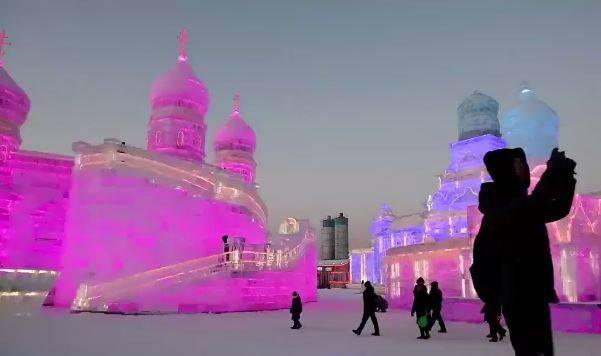 فیلم/ بزرگترین پارک یخی جهان در چین