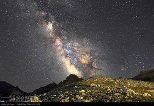 عکس/ زیباییهای آسمان ارومیه در شب