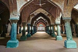 نمایی زیبا از شبستان مسجد جامع تبریز
