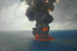فیلم/ افزایش حجم حریق در کشتی سانچی