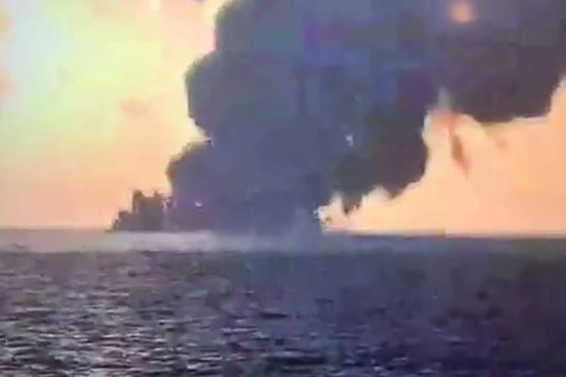 فیلم/ کشتی سانچی در حال غرق شدن