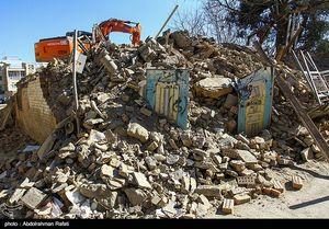عکس/ تخریب سه خانه تاریخی توسط شهرداری همدان