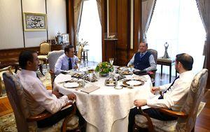 عکس/ پذیرایی ویژه اردوغان از امیر قطر