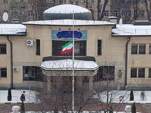 عکس/ پرچم نیمه افراشته سفارت ایران در مسکو