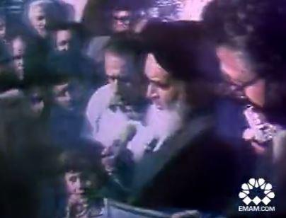 فیلم/ سخنان امام در نوفللوشاتو بعد از فرار شاه