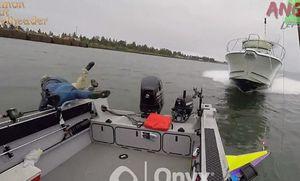 فیلم/ لحظه تصادف دو قایق تفریحی