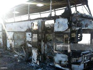عکس/ ۵۲ کشته در آتشسوزی اتوبوس