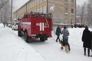 حمله با بمب آتشزا به مدرسه ای در روسیه