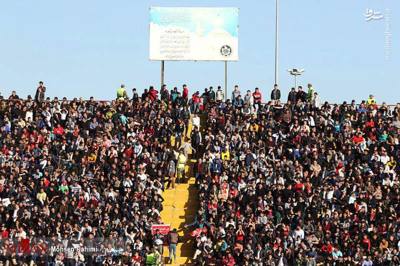 عکس/ پرسپولیسی ها، تماشاگر بازی استقلال