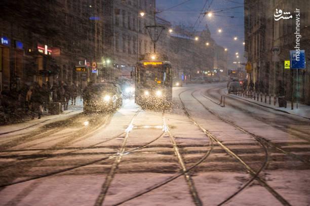وضعیت جاده بانه سقز مشرق نیوز - عکس/ طوفان زمستانی لهستان را درنوردید