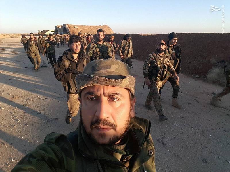 حضور ارتش سوریه در پایگاه هوایی ابوضهور