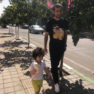 عکس/ مجتبی جباری و فرزندش
