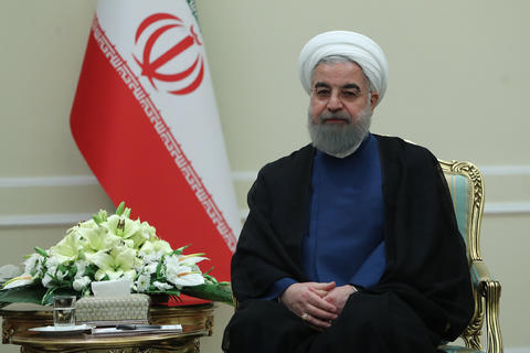 روحانی در دیدار با وزیر امور خارجه ترکیه چه گفت؟