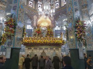 عکس/ گلآرایی ضریح حضرت زینب(س)