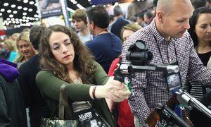 زنان و سلاح آمریکا