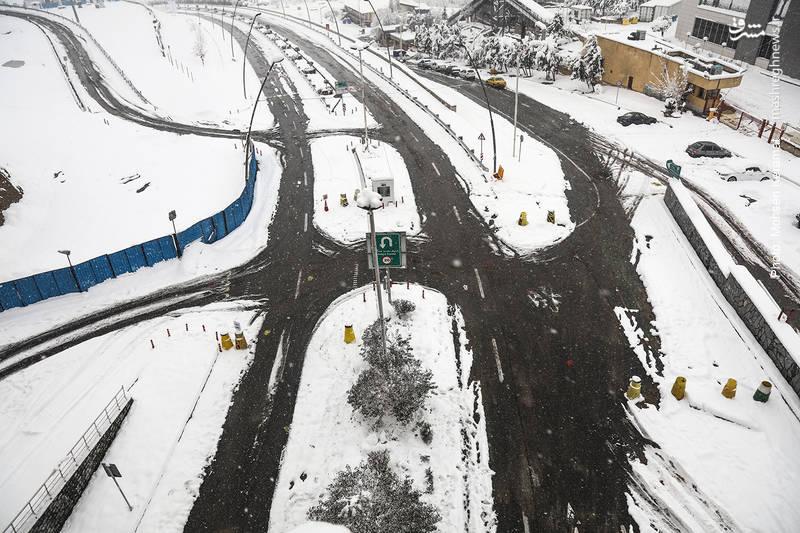خیابانهای مجموعه برج میلاد تهران