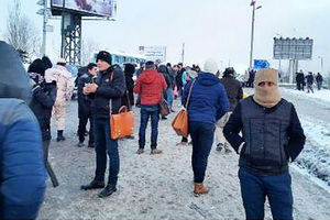 عکس/ قطع برق مترو و سرگردانی مسافران در پلفردیس