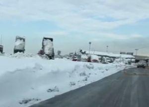 فیلم/ برف در فرودگاه امام خمینی