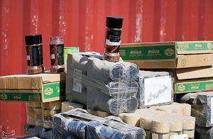 کالاهای قاچاق انبار شده باید تعیین تکلیف شوند