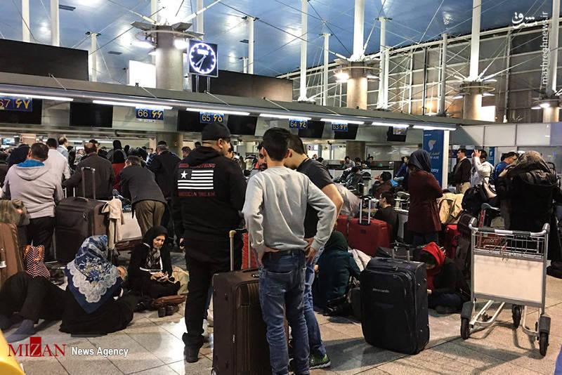 مسافرانی که 72 ساعت در فرودگاه منتظر ماندند.