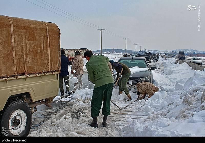 امدادرسانی نیروهای تیپ زرهی 20 رمضان نیروی زمینی سپاه
