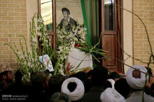 عکس/ گلباران بیت امام راحل در قم