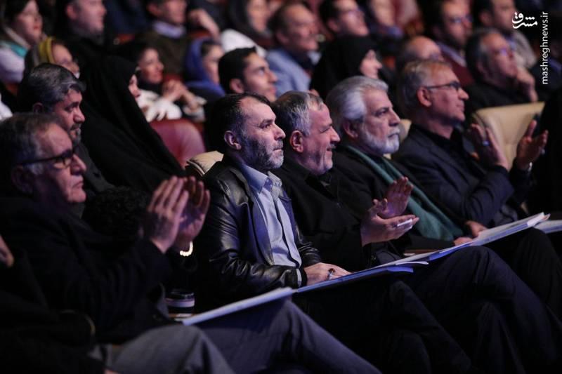 ده نمکی در مراسم افتتاحیه جشنواره فیلم فجر حضور داشت
