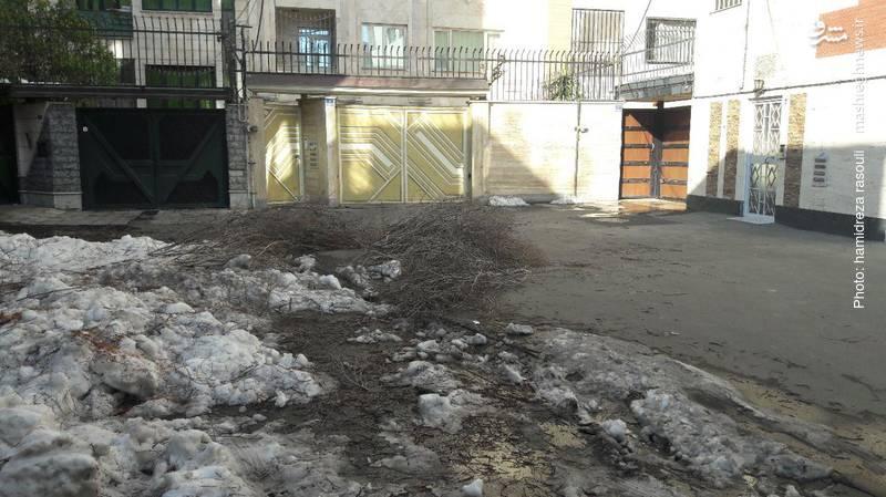 اوضاع خیابان های منطقه 9 تهران چندروز پس از بارش برف