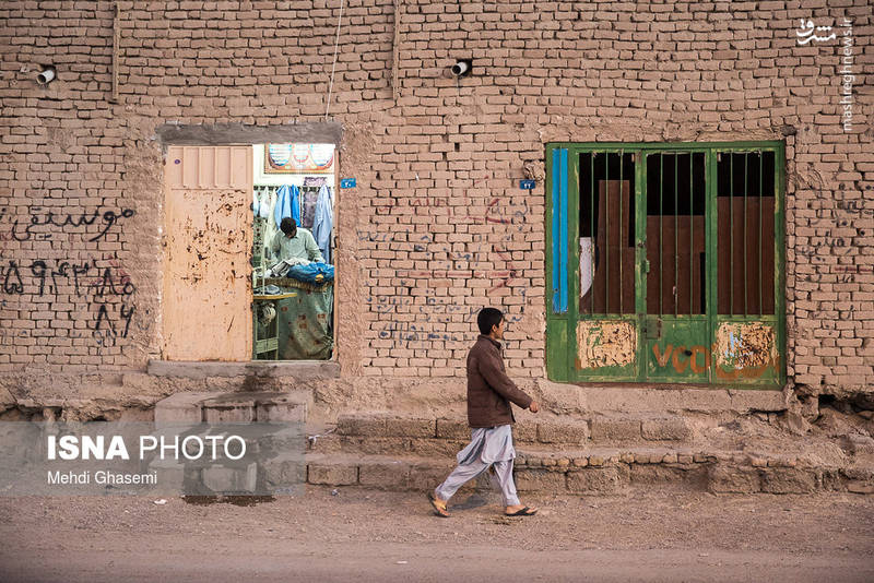 استان سیستان و بلوچستان پس از استان کرمان دومین استان پهناور کشور در جنوب شرقی ایران واقع است.